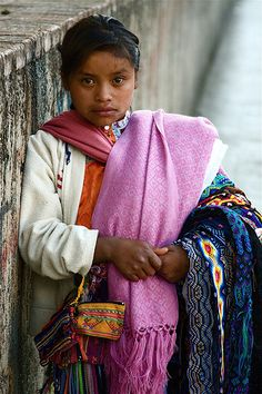 Mexico - Young girl selling Chiapas