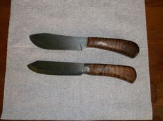 Two primitive knives by OUT of the ASHES Forge in NC Miss Tudy https://www.etsy.com/shop/misstudy