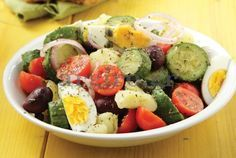 Zucchini Salad With Boiled Eggs - Written In Greek, Have Your Browser Translate It. Stir Fry Recipes, Salad Recipes, Healthy Recipes, Healthy Foods, Salad Bar, Cobb Salad, Zucchini Salad, Food Categories, Vegetarian Cooking