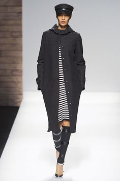 MaxMara »  Fall 2012 RTW » (Dude! I'm pretty sure I can dig up my old shin guards to rock this look ;))