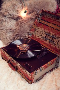 @urbanoutfitters // Crosley Record Player ♡