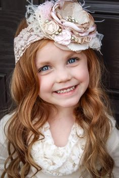 Bow De Ballet Baby Girl Flower Headband by lepetitejardin on Etsy - - My MartoKizza Feather Headband, Diy Headband, Wedding Headband, Lace Headbands, Baby Girl Headbands, Cloth Flowers, Fabric Flowers, Headband Hairstyles, Diy Hairstyles