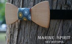 Wooden bow tie. Miltiada  wood: Beech  material: cotton 100%  size: 10*4,5  price: $38.00 USD  https://www.etsy.com/listing/155091166/wooden-bow-ties?ref=v1_other_1
