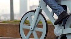 Funktionierendes Fahrrad aus recycelter Pappe für unter 8 Euro