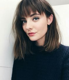 Haircuts with bangs 2019 Cute Simple Hairstyles, Cool Haircuts, Hairstyles With Bangs, Medium Haircuts With Bangs, Hairstyles Videos, Easy Hairstyles, Medium Thin Hair, Medium Hair Styles, Curly Hair Styles