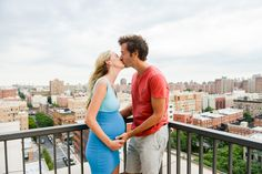 rooftop photo session, maternity pictures, kiss, NYC #maternity #belly #bumpenvy