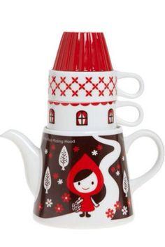 Red tea cup and tea pot