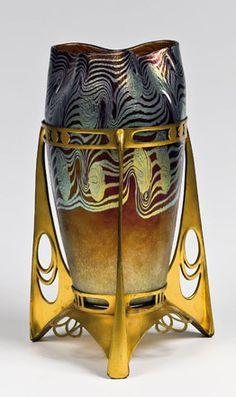 Loetz art glass vase in Secessionist metal frame, 1902, Argus pattern, aka pattern PG 2/351