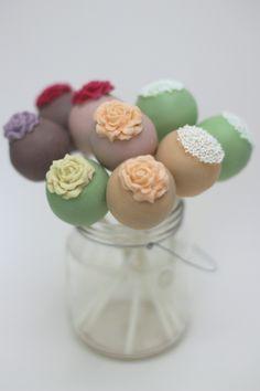 Rhubarb & Rose: cake pops