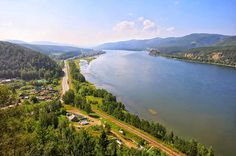 The longest river in Siberia, and in the whole Russia, is the Yenisei-Angara-Selenge River system, which is 5,539 km long. #Russia #Siberia #Yenisei #Angara #Selenge #river