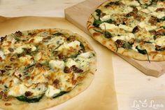 Pizza este intotdeauna o buna idee de mancare rapida si foarte apreicata de toata lumea, o puteti pregati cat mai clasic, cu ingrediente la indemana, dar si...