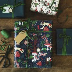 Furniture & interior design ideas for your home IKEA Germany Ikea Christmas, Christmas Gift Wrapping, Green Christmas, Christmas Time, Christmas Gifts, Diy Paper, Paper Crafts, Kitchen Wrap, Decorated Gift Bags