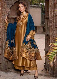 Shadi Dresses, Pakistani Formal Dresses, Pakistani Dress Design, Pakistani Outfits, Nikkah Dress, Indian Dresses, Stylish Dresses For Girls, Stylish Dress Designs, Designs For Dresses
