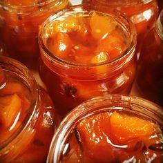 Сувенирное варенье персиковое с лавандой