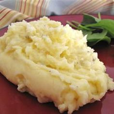 The Best Mashed Potatoes-garlic, Parmesan, and cream cheese