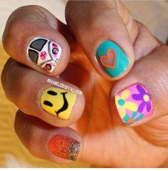 these are perf. Hippie Nail Art, Hippie Nails, Garra, Peace Nails, Sassy Nails, Chic Nails, Toe Nail Designs, Toe Nails, Nails Inspiration