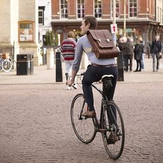 Our favourite Cambridge pastime! Cycling with our Expedition Backpack