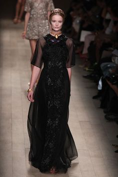 Valentino | Paris | Verão 2014 - Vogue | Verão 2014