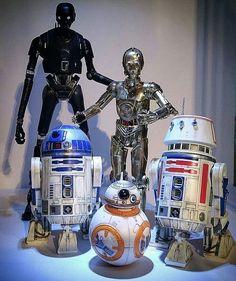 Bandai and Hasbro Droids. Star Wars Droids, Lego Star Wars, Star Trek, Star Wars Love, Star Wars Fan Art, Star Wars Models, Episode Iv, Star Wars Images, Star Wars Film