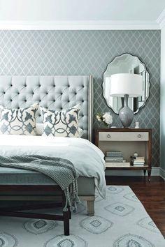 Серый-вовсе не скучный цвет. При помощи изысканного орнамента можно добиться очень интересной композиции.