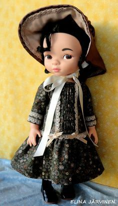 Mulan in an early century style. Mulan Doll, Disney Princess Dolls, Disney Animator Doll, Disney Dolls, Tiana, Aladdin, My American Girl, American Dolls, Pocahontas