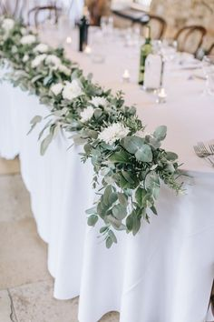 wedding table decorations 462463455485387600 - Table Flowers Swag Garland White Greenery Foliage Sweet Peas Fern Healey Barn Wedding Amy Lou Photography Source by Barn Wedding Decorations, Wedding Table Flowers, Wedding Table Centerpieces, Floral Wedding, Wedding Rustic, Wedding Ideas, Trendy Wedding, Buffet Wedding, Wedding Planning