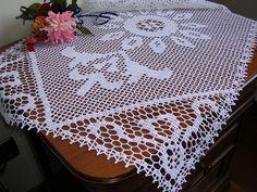 Centro pizzo ad uncinetto, crochet lace runner, crochet lace doily, cottone bianco nuovo, centrotavola ad uncinetto fatto a mano, natale di MondoTSK su Etsy