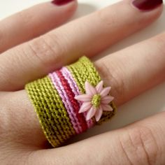 Slip stitch crochet ring!  CUTE...and a project I just may be able to start AND finish...LOL!!!!