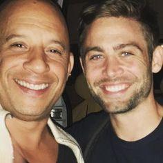 Vin Diesel (@vindiesel) • Photos et vidéos Instagram The Furious, Fast And Furious, Paul Walker Interview, Cody Walker, Hottest Male Celebrities, Vin Diesel, On Set, Actors, Guys