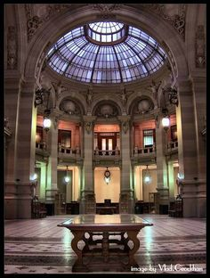 CEC palace was built in 1900 and it served as Romania's National Bank, a museum and now the CEC Bank. Palate, Beautiful Stories, Beautiful Places, Ukraine, Transylvania Romania, Visit Romania, Bucharest Romania, American Gods, The Beautiful Country