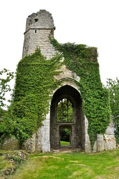 remains are the ruins of St Mary's Church at Little Chart, Kent, England. The Normans built the church in the century destroyed by nazi rocket Beautiful Places, Beautiful Pictures, Forest Of Dean, 11th Century, West End, Abandoned Places, Dream Vacations, Cathedrals, Cell Structure