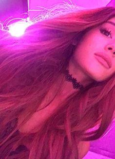 Ariana grande omg 😮 she is so PRETTY and gorgeous Ariana Grande Fotos, Cabello Ariana Grande, Ariana Grande Pictures, Photo Star, Ariana Grande Wallpaper, Adam Sandler, Cat Valentine, Dangerous Woman, Like4like