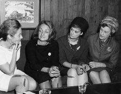 Momentos mas destacados de las tres olas del feminismo, desde la Ilustración hasta la época actual, siguiendo la teoría europea.