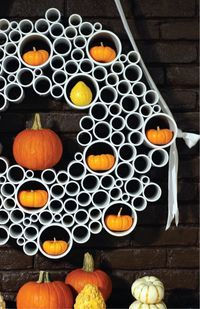 Halloween wreath by Sam Henderson of Today's Nest