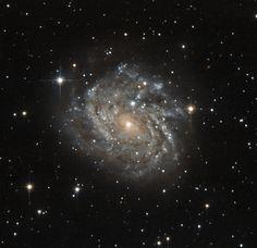 Linha D'Água Imagens Astronômicas: Galáxias Espirais Impressionantes