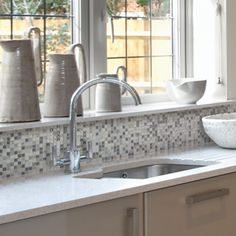 Photos of Smart Tiles, the easy peel and stick for backsplash in kitchen or in bathroom. Tons of Smart Tiles realisations. Smart Tiles Backsplash, Peel N Stick Backsplash, Beadboard Backsplash, Herringbone Backsplash, Kitchen Backsplash, Backsplash Ideas, Travertine Backsplash, Fireplace Backsplash, Stick Tiles
