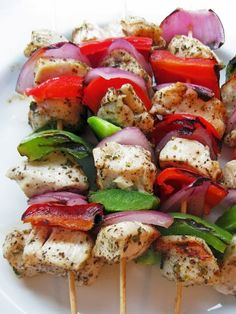 Yummy Recipes: MARINATED GREEK CHICKEN SKEWERS recipe
