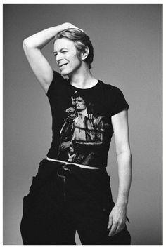 David Bowie wearing a Ziggy Stardust T-shirt.