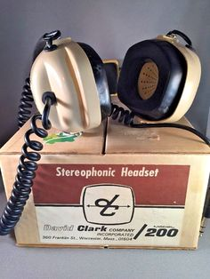 Vintage David Clark Model 200 Stereophonic Listen Only Aviation Headset  #DavidClark