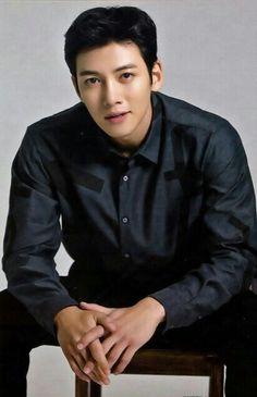 Pretty handsome Ji C
