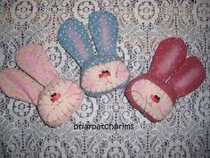 Primitive Easter Bunny Rabbit Heads Bowl Fillers Ornies Tucks Ornaments #NaivePrimitive #briarpatchprims