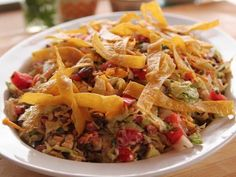 """Cowboy Chopped Salad Meals: Cowboy Style) - """"The Pioneer Woman"""", Ree Drummond on the Food Network. Soup And Salad, Pasta Salad, Crab Salad, Pasta Food, Cowboy Salad, Cowboy Food, Cowboy Cowboy, Cowboy Theme, Food Network Recipes"""
