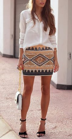 Aztec skirt with plain white shirt and satchel bag Aztec Skirt, Tribal Skirts, Tribal Skirt Outfit, Tribal Print Skirt, Skirt Outfits, Casual Outfits, Cute Outfits, Anna Wintour, Dress To Impress