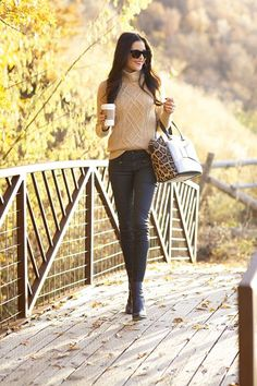 45+ MORE Fall Outfit Ideas, time to bust out the boots and scarves, get inspired with these fall outfit ideas!