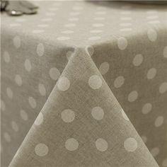 Manteles Anti manchas de lino con lunares topo.