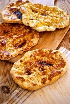 Pide, tortas de pan turcas con Thermomix