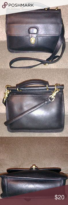 Leather Crossbody Bag Very nice leather crossbody bag. Leather is in great condition! The top handle has a screw missing, an easy fix. Nice bag priced super low! Leather Crossbody Bags