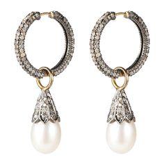 PEARL HOOPS Eksklusive hoops med single-cut diamanter og... ($3,460) ❤ liked on Polyvore featuring jewelry, earrings, pearls, pearl hoop earrings, pearl earrings, diamante jewellery, pearl earrings jewellery and white pearl earrings