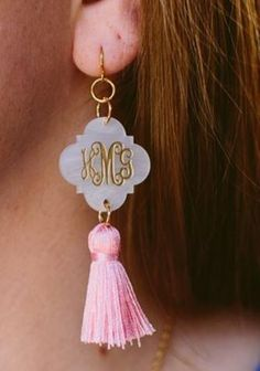 So trendy, preppy and pretty - our new Amelia Acrylic Quatrefoil Monogrammed Tassel Earrings are sure to be your new favorite pair of earrings!