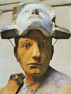 Francisco Leiro - close Miguel Angel, Wood Sculpture, Puppets, Art Dolls, Art Pieces, Weird, Pottery, Statue, Painting